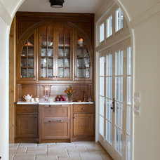 Traditional Kitchen by Barnes Vanze Architects, Inc
