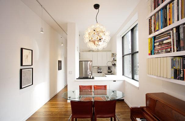 Contemporary Kitchen by Jonathan Schloss / Architect