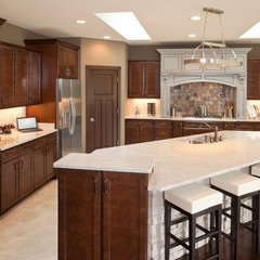 traditional kitchen by Robert Lucke Homes