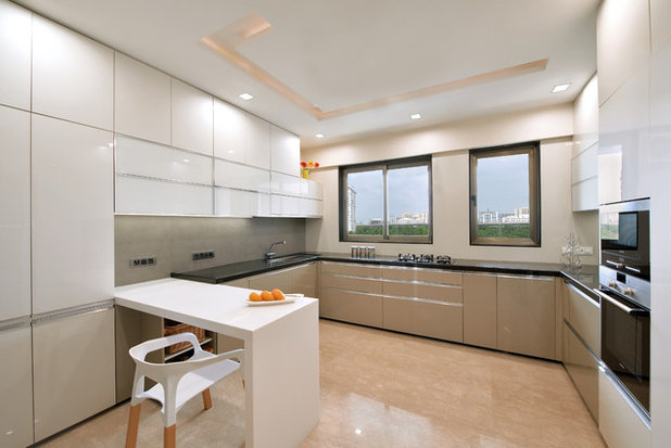 Modern Kitchen by Milind Pai Architects & Interior Designers
