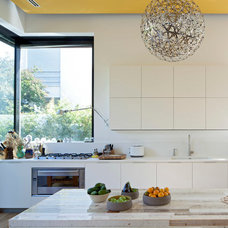 Contemporary Kitchen by Vered Blatman Cohen
