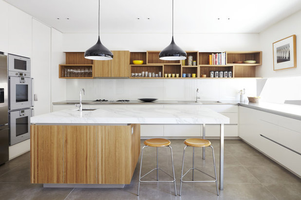 Midcentury Kitchen by CHT Architects