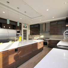 Contemporary Kitchen by Madison Park Homes