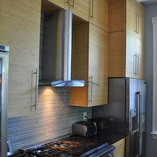 Modern Kitchen by Studio3877