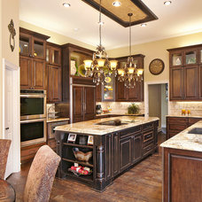 Traditional Kitchen by NARI Greater Dallas