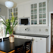 Traditional Kitchen by VIXON CUSTOM CABINETRY