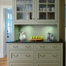 Traditional Kitchen by Haddad Hakansson Design Studio