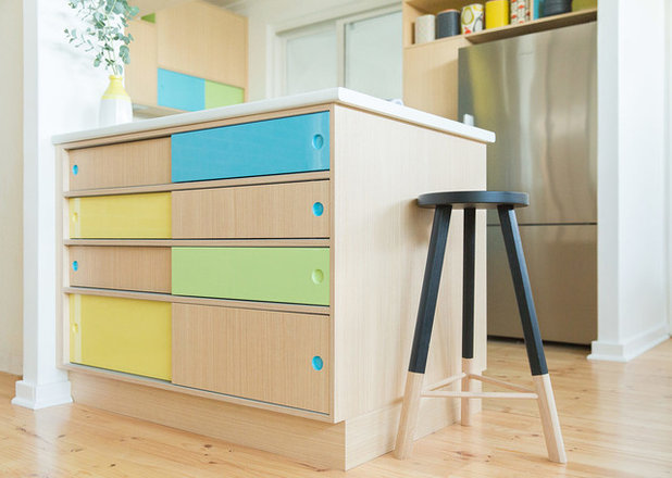 Midcentury Kitchen by Space Craft Joinery
