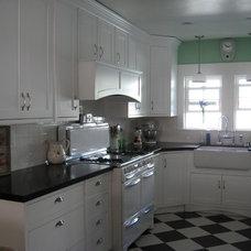 Midcentury Kitchen by Grif Wood Designs