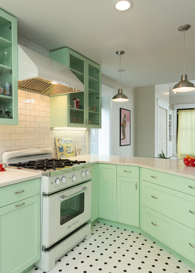 Traditional Kitchen by Chi Renovation & Design