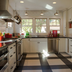 traditional kitchen by Fiddlehead Design Group, LLC