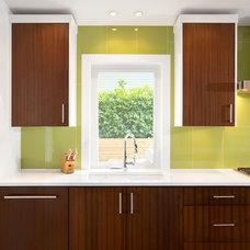 Midcentury Kitchen by Sarah Gallop Design Inc.
