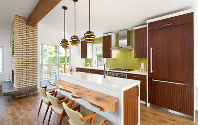 Houzz Tour: Dancing to the 1970s in an Updated Vancouver Home