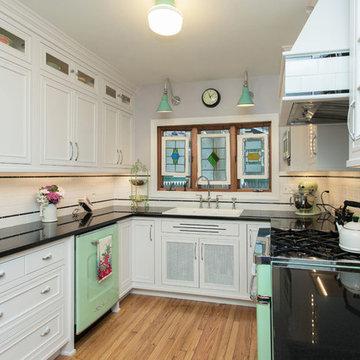 Retro Style Kitchen Remodel
