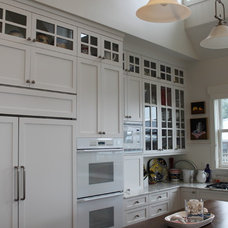 Contemporary Kitchen by RGN Construction