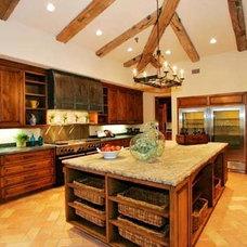 Mediterranean Kitchen by Imondi Interiors