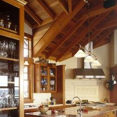 Traditional Kitchen Rhodes Architecture + Light, Seattle Architect