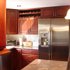 Traditional Kitchen by Capstone Design
