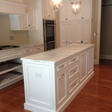 Traditional Kitchen by Accent on Cabinets LLC