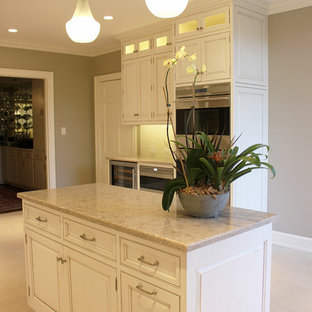 Example Of A Clic L Shaped Eat In Kitchen Design Charlotte With An