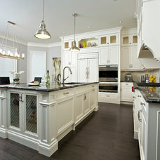 Traditional Kitchen by Manorwood Fine Cabinetry