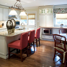 Traditional Kitchen by Michelle Miller Interiors