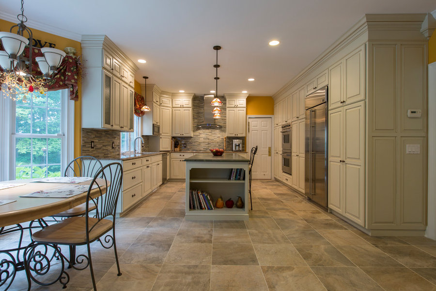 Ridgefield Traditional Kitchen