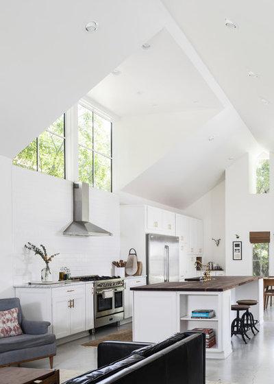 Farmhouse Kitchen by Arbib Hughey Design