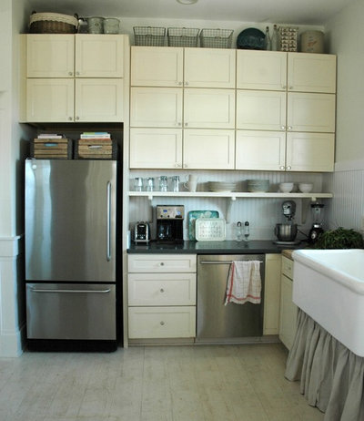 Houzz escape off to the south of france for Kitchen cabinets france