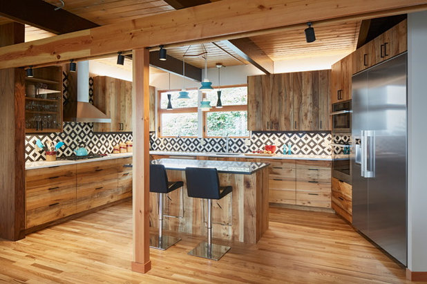 Rustic Kitchen by Celeste Lewis Architecture