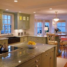 Beach Style Kitchen by Polhemus Savery DaSilva