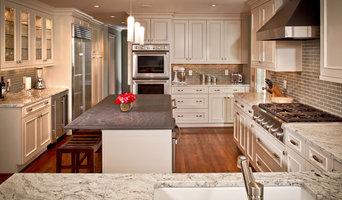 River Oaks White Kitchen