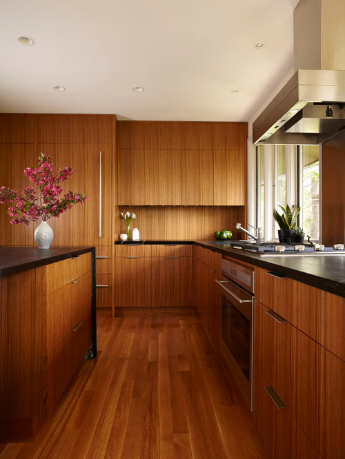 Beautiful Wood Paneled Rooms: Wood Grain Cabinet