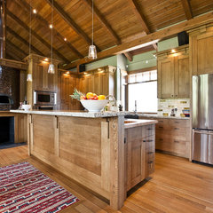 traditional kitchen by A Collaborative Design Group