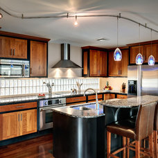 Contemporary Kitchen by Jay Miller General Contractors, Inc.