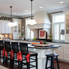 Traditional Kitchen by EDEN Home Interiors