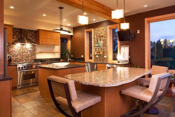 Contemporary Kitchen by Kogan Builders