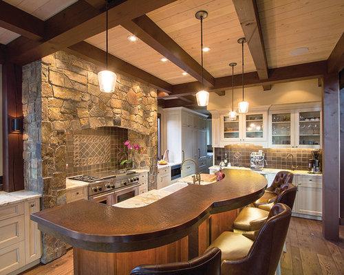 cuisine avec une cr dence en carreau de c ramique et un plan de travail en cuivre photos et. Black Bedroom Furniture Sets. Home Design Ideas