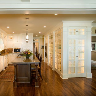 Example of a classic kitchen design in Minneapolis with a farmhouse sink