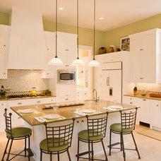 Kitchen by LaRue Architects