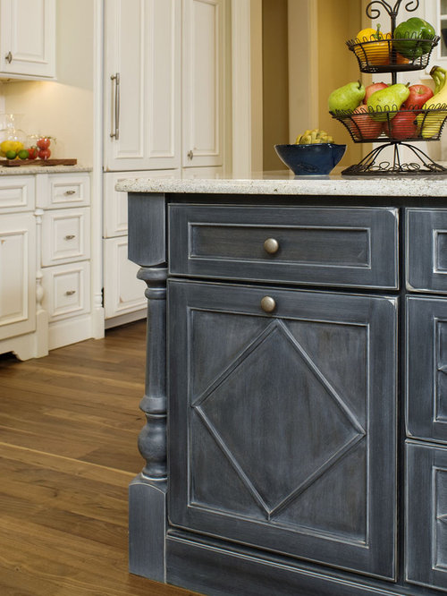 Bertch custom cabinets design ideas remodel pictures houzz for Bertch kitchen cabinets review
