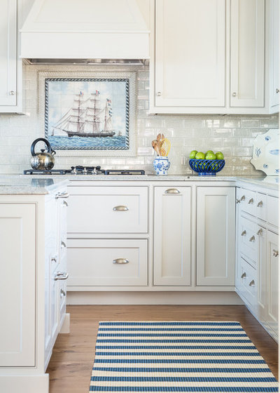Beach Style Kitchen by Spang Builders, Inc.