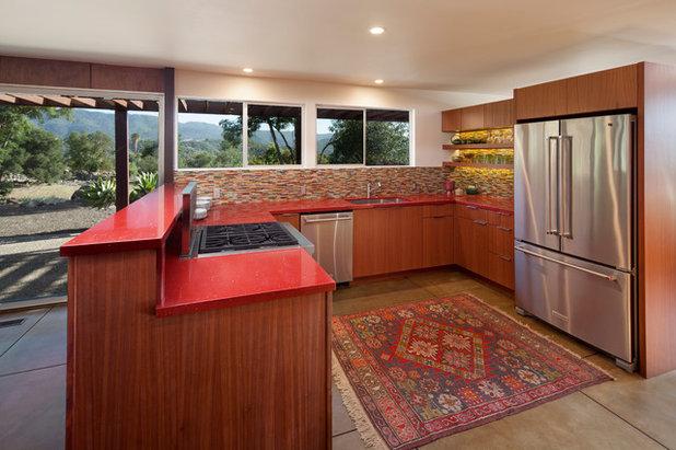 Midcentury Kitchen by Allen Construction