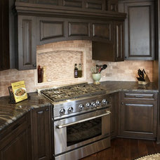 Traditional Kitchen by mackmiller design+build