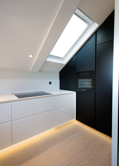 Contemporary Kitchen by as well as Architects