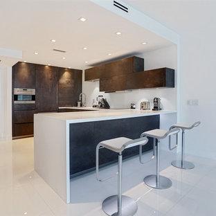 Roney Palace apartment, Miami Beach, FL