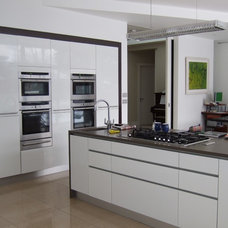 Contemporary Kitchen by Dorman Architects
