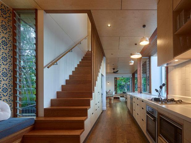 Contemporary Kitchen by Arcke Pty Ltd