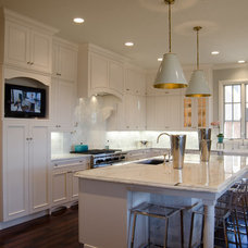 Traditional Kitchen by Christopher Lee & Company Fine Homes