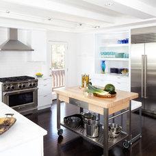Midcentury Kitchen by Weiss Architecture Inc